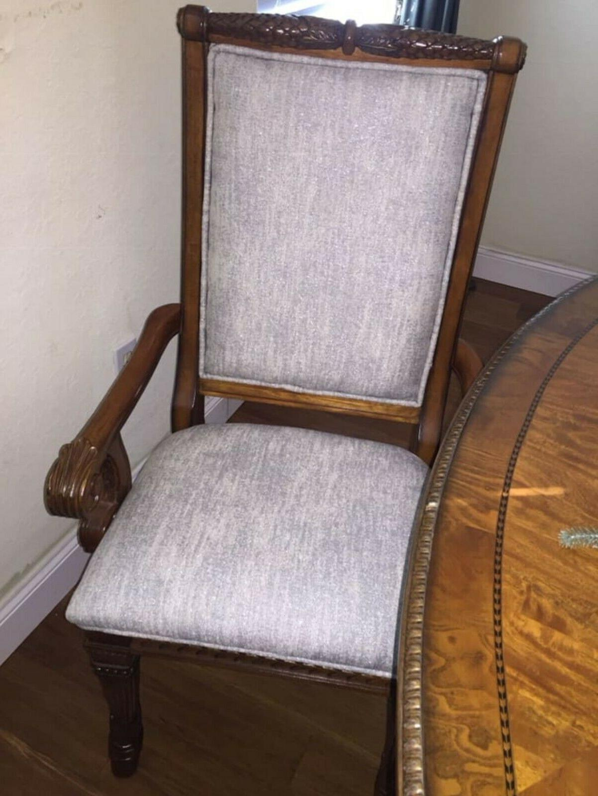 COMPLETE SET CHAIRS light