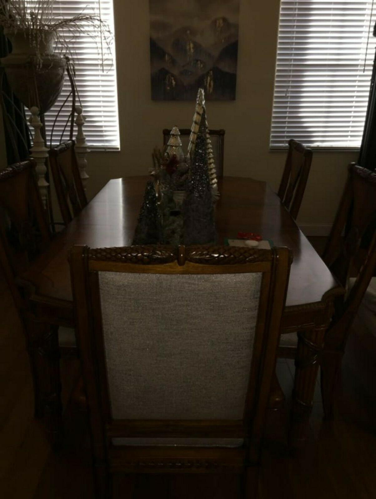 COMPLETE FORMAL DINING ROOM SET LEAVES CHAIRS & CHINA light